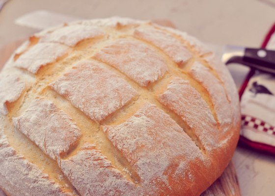 white bread retouched3